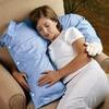 <腕枕、重いもんは重いんじゃ!>