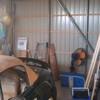 車庫の奥に棚をDIY