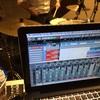 ドラムをマイク1本で録る「Tchad Blake Method」に衝撃を受けた