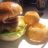 Doug's Burger 博多駅店 (ダグズ・バーガー)