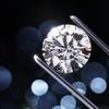 婚約指輪を自分で買おうとしている人は、ダイヤのグレードをよく見て!