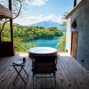 湖畔を見下ろす絶景サウナと露天風呂の家【趣味と家】