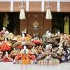 今月8日の人形供養祭に向けて、人形等が連日続々と納められております