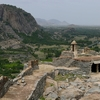 聖なる山とインド最大級のヒンドゥー教寺院の町ティルヴァンナマライ
