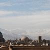 イラン、新型コロナ急拡大。服役囚も一時解放