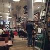 NY ソーホーの本屋さんの中のお洒落カフェ「ハウジングワークス」
