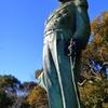 東郷  平八郎元帥海軍大将の銅像です。