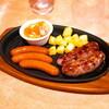 サイゼリヤ下総中山店@下総中山 ブラッツとチョリソーの盛合せ、ブラッツとポテトのチーズ焼き・他