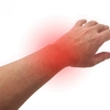 【ベンチプレス】手首の痛みは関節の緩さが原因?リストラップの巻き方と改善方法