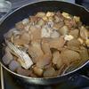 幸運な病のレシピ( 370 )朝:黒豆、ぶり大根、ギス唐揚げ、鶏モモ唐揚げ