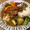 「Mikazuki Curry SAMURAI.」のフォトジェニックなスパイスカレー
