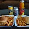 グアムに行く 2日目 『MESKLA DOS』 ~昼食は人気のハンバーガー屋さんに行ってみました~