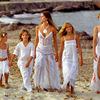 イビサ島のファッション白いドレスの秘密~この夏ビーチで取り入れたいAdlib Moda Ibizaスタイル