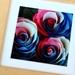 お花の美しさをより感じられるナチュラルなデザインのフレーム