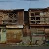 北九州・木造アーケード(1):到津市場,夏の朝陽を浴びる。