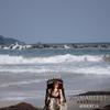 海で写真を撮ったら不気味な人形アナベルが写ってたよ!デヴィッド・F・サンドバーグ監督『アナベル:クリエイション(原題:Annabelle: Creation)』