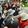 山城博治沖縄平和運動センター議長ら3人の釈放求めて4万人署名提出 本日(1月18日)の新聞