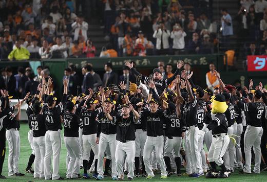福岡ソフトバンクホークスが日本一達成。キーワードは「10」だ!