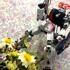 アクションベースにもアレンジできる!100円ショップのアイテムでカンタンに花畑感のあるかわいい撮影ブースが完成!