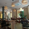 パリ18区のフレンチレストラン「La Couvée ラ・クベ 」 のテラスとグルメ