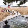 京都府京丹後市「琴引浜掛津キャンプ場」海水浴の合間に露天風呂が楽しめる⁈おそるべきキャンプ場