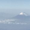 広島空港より ANAプレミアムクラスで帰宅  綿帽子をかぶった富士山
