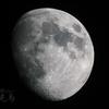夢は月面を彷徨う