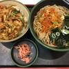 2種の天然海老のかきあげ丼セット 700円に、無料クーポン券を使って、わかめを追加する。 (@ ゆで太郎 in 豊島区, 東京都)