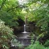 殺生石から展望台まで歩いて登り、右の道から降りたら温泉神社に着いた(栃木県・那須)