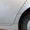 プリウス 30系(クォーターパネル)キズ・ヘコミの修理料金比較と写真 初年度H22年、型式ZVW30