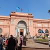 エジプト考古学博物館と諭さん髪を切る