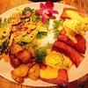 コナズ珈琲でハワイ気分が味わえる|ハワイアンカフェ