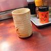 築地の「江戸川」で深川煮、マグロぶつ、お新香盛り合わせ。