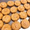リニューアル準備につきお休み中のためイレギュラーですが、ご注文の焼き菓子を作っています!