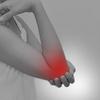【ベンチプレス】肘の関節がポキポキ音が鳴るのは「肘筋」が原因?鳴る理由と改善方法!
