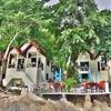「サンライズ ビラス Sunrise Villas 」~ナダン埠頭から一番近く部屋の目前が海!!