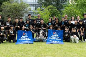 世界で活躍する中高生のロボコンチーム「SAKURA Tempesta」
