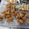 幸運な病のレシピ( 1344 )朝:鳥唐揚げ、ギス天ぷら、バラ肉と丸茄子の味噌炒め、ポテトグラタン、鱒、塩サバ、後に味噌汁
