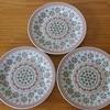 【セリアの食器】フラワーリング柄のプレートと茶碗