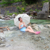 河原の至る所から温泉が!葛温泉河原の野湯