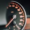 ながら運転の罰則が強化!罰則や懲役刑の有無について