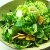 ろく助の塩で作る和の野菜サラダ