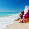 サンタがサーフィンでやってくる?!
