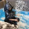 ゴミ袋でカッパを作る。非常時の雨よけ、防寒に。遊び着にもなります。