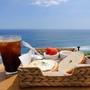 済州島(チェジュ島)カフェ #オーシャンビューの絶景カフェ(4) 「BADA2822」