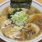 隠れ家的立地で食べられる背脂中華とパンチ力抜群の味噌!新潟県燕市「流れ星」