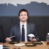 ひとり飯とは食事と1対1で対話する厳正なる儀式であり、真剣勝負の場である。