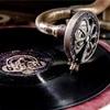 レコードでレトロながらも立体音響を楽しもう!