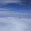週末ライフ。「暖かな春色を帯びた青い空に浮かぶ白く透ける雲を見渡す飛行機に乗ってみたら、やっぱり気持ちがよかったのです」の巻。