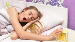 前置詞で迷う方必読! 「7時に目覚ましかけたよ」は  I set my alarm at 7 a.m.?